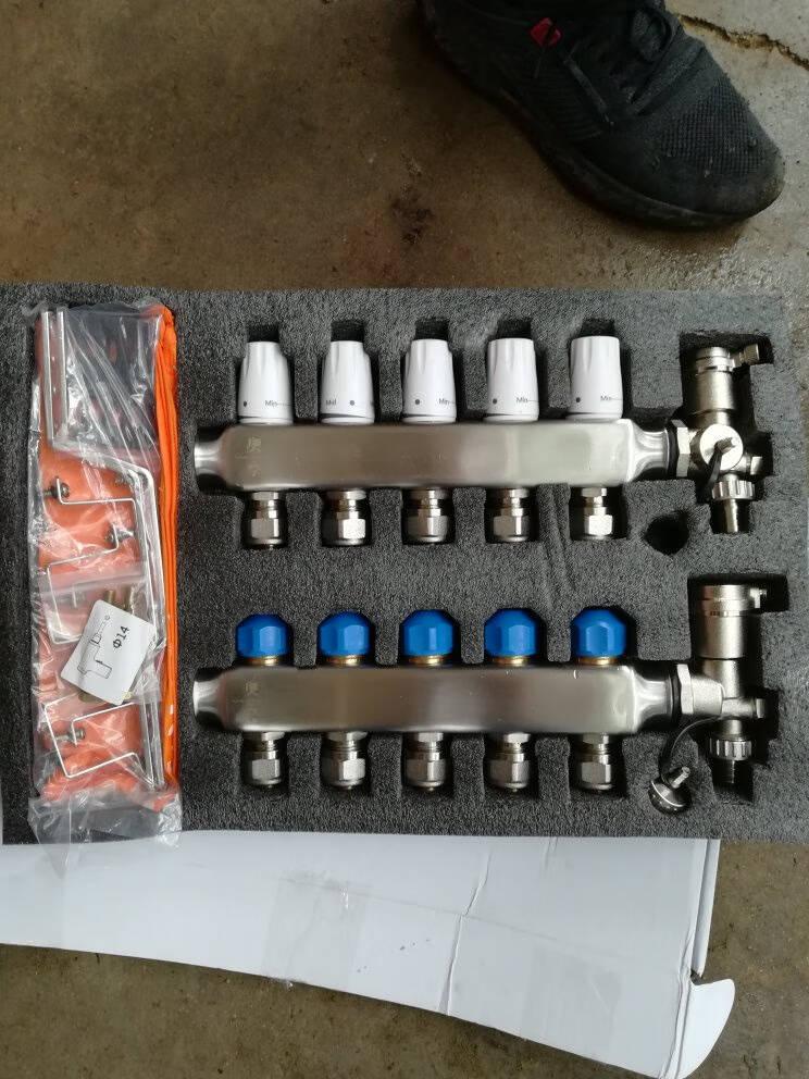 奥享地热地暖分水器套装恒温控泄水自动球阀304不锈钢大流量地暖地热集水器3路套餐
