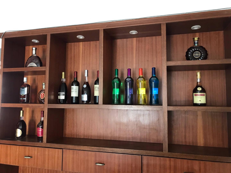 酒柜摆件洋酒瓶装饰品真红酒空瓶道具样板房客厅摆设16瓶收藏真红酒道具客厅酒柜样板假酒洋酒瓶16瓶价格