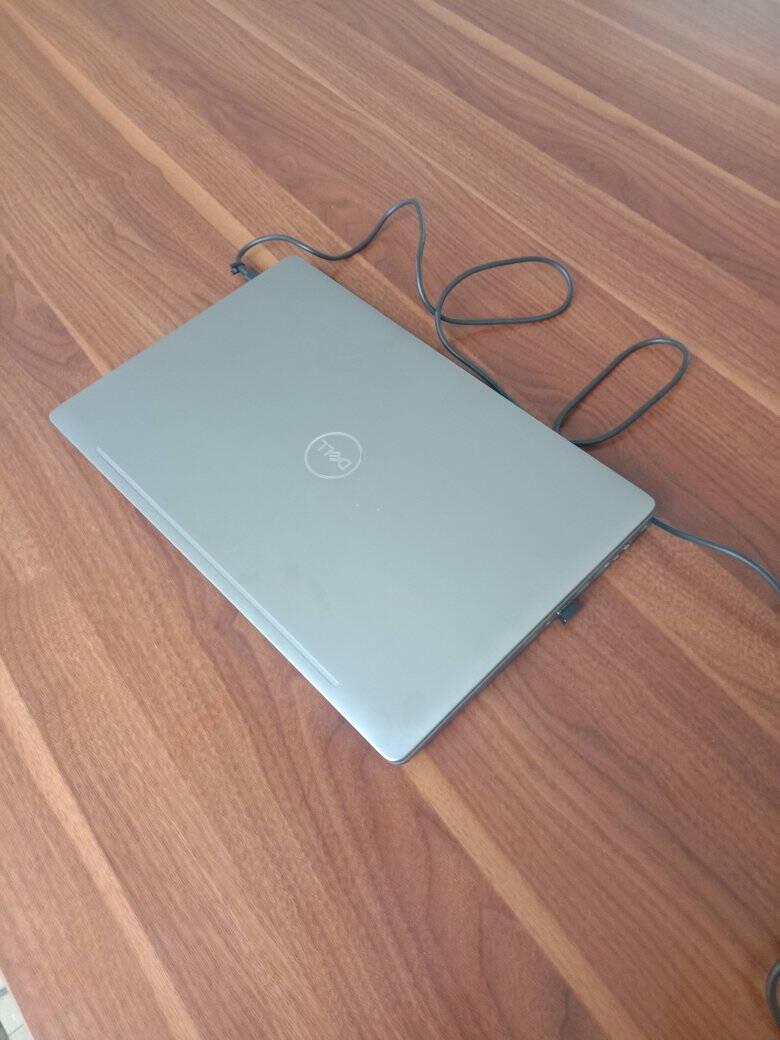 戴尔(DELL)Precision355115.6英寸设计本移动图形工作站笔记本I7-10750H/8G/256G固态+1T/P6204G/W10H