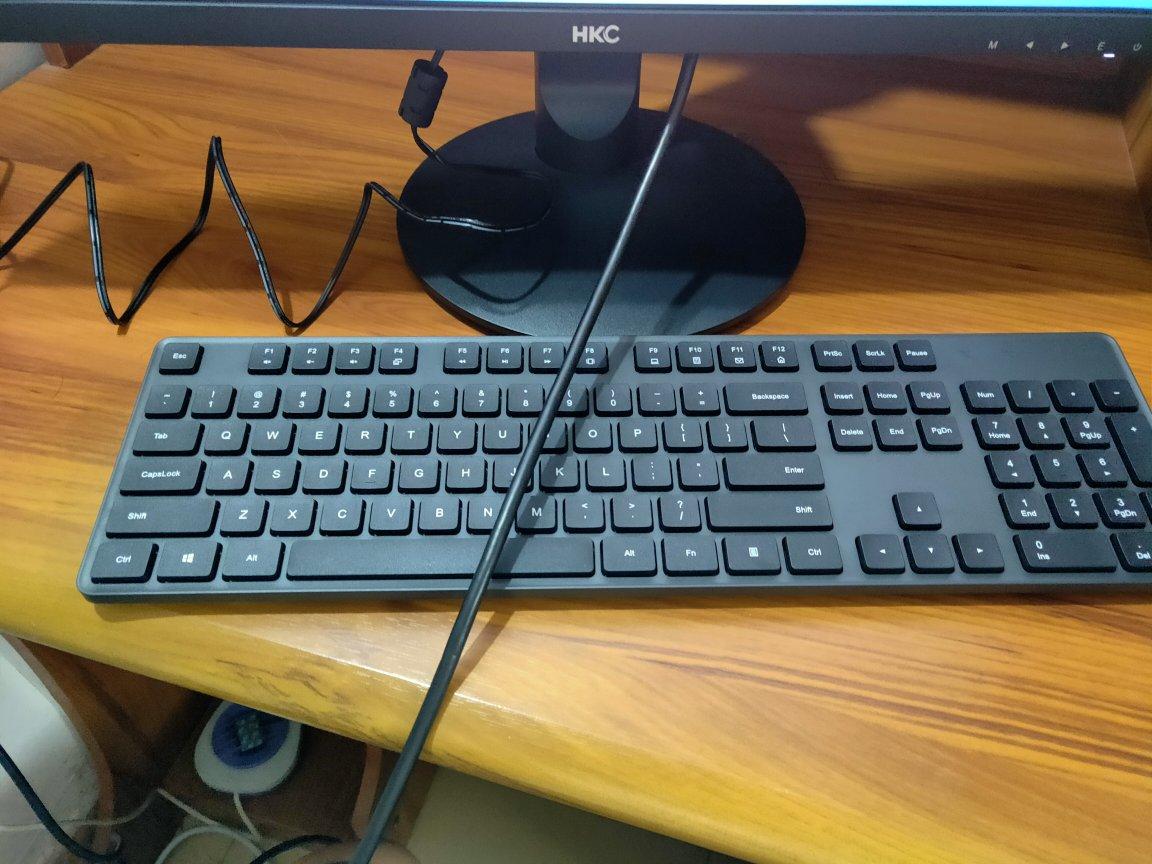 小米 无线键鼠套装,100元左右简约实用礼物