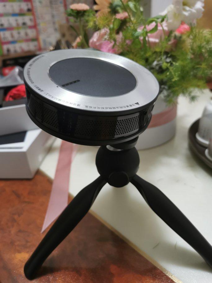 微果i6便携投影仪,650光源流明还有激光对焦