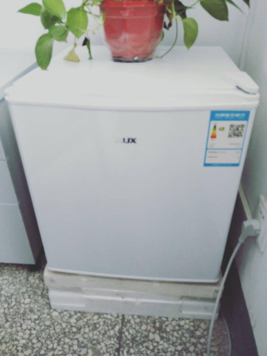 奥克斯(AUX)家用单门迷你小型冰箱冷藏微冷冻保鲜小冰箱租房宿舍电冰箱50升珍珠白BC-50