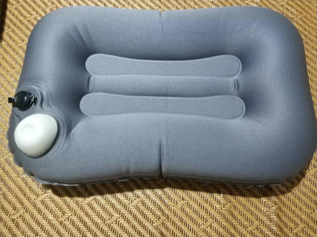 商旅宝按压式便携充气靠枕办公室座椅腰靠垫腰旅行户外睡枕午休趴睡抱枕浅绿/灰色