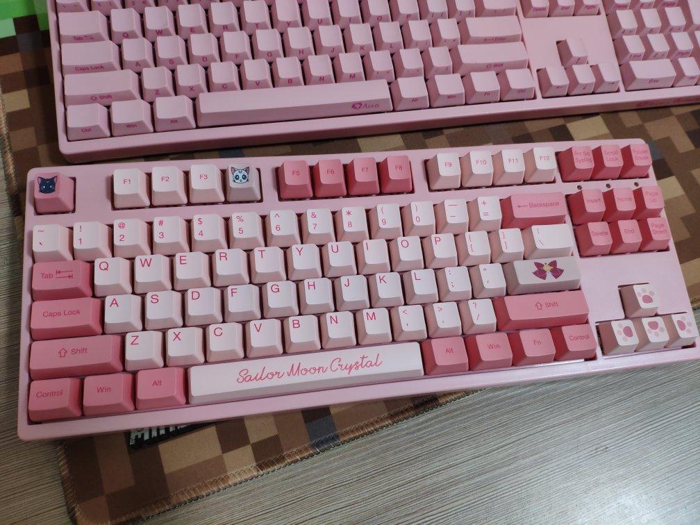 AKKO美少女战士机械键盘,送女朋友优秀打字礼物推荐