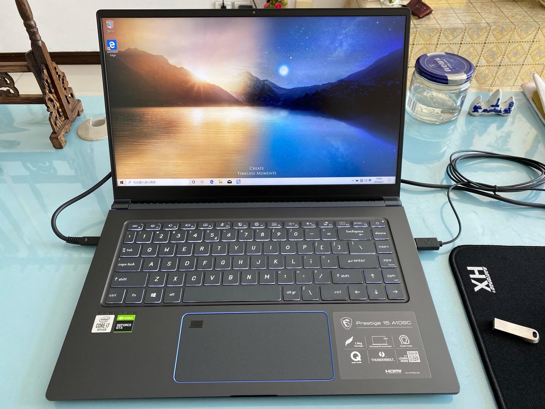 微星尊爵15.6英寸设计师本,非常轻巧高性能笔记本电脑