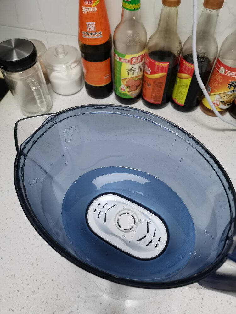 九阳(Joyoung)净水壶(1壶7芯套装)家用滤水壶过滤净水器JYW-B05