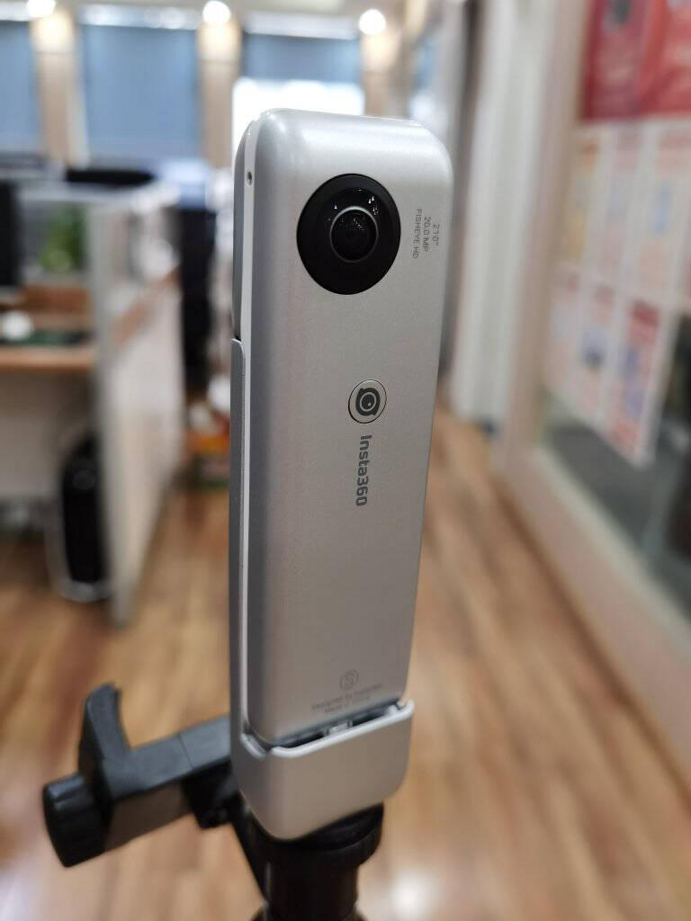 Insta360全景看房相机360VR看房高清临感720度专业支持安居客移动经纪人NanoS银房产专用套餐(8G卡+看房三脚架)