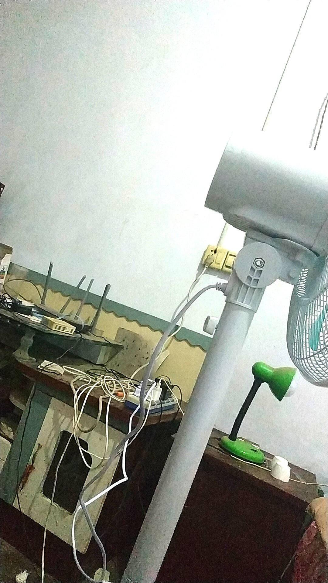 华生(Wahson)电风扇/落地扇/家用静音风扇/空气流通扇/台式电扇/7叶办公落地风扇FS112-35C6