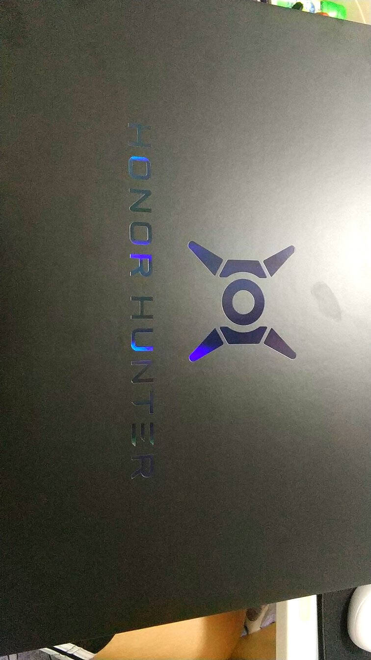 荣耀猎人HONORHUNTERV70016.1英寸游戏笔记本电脑(i5-10300H16G512GRTX2060144Hz100%sRGB)幻夜黑