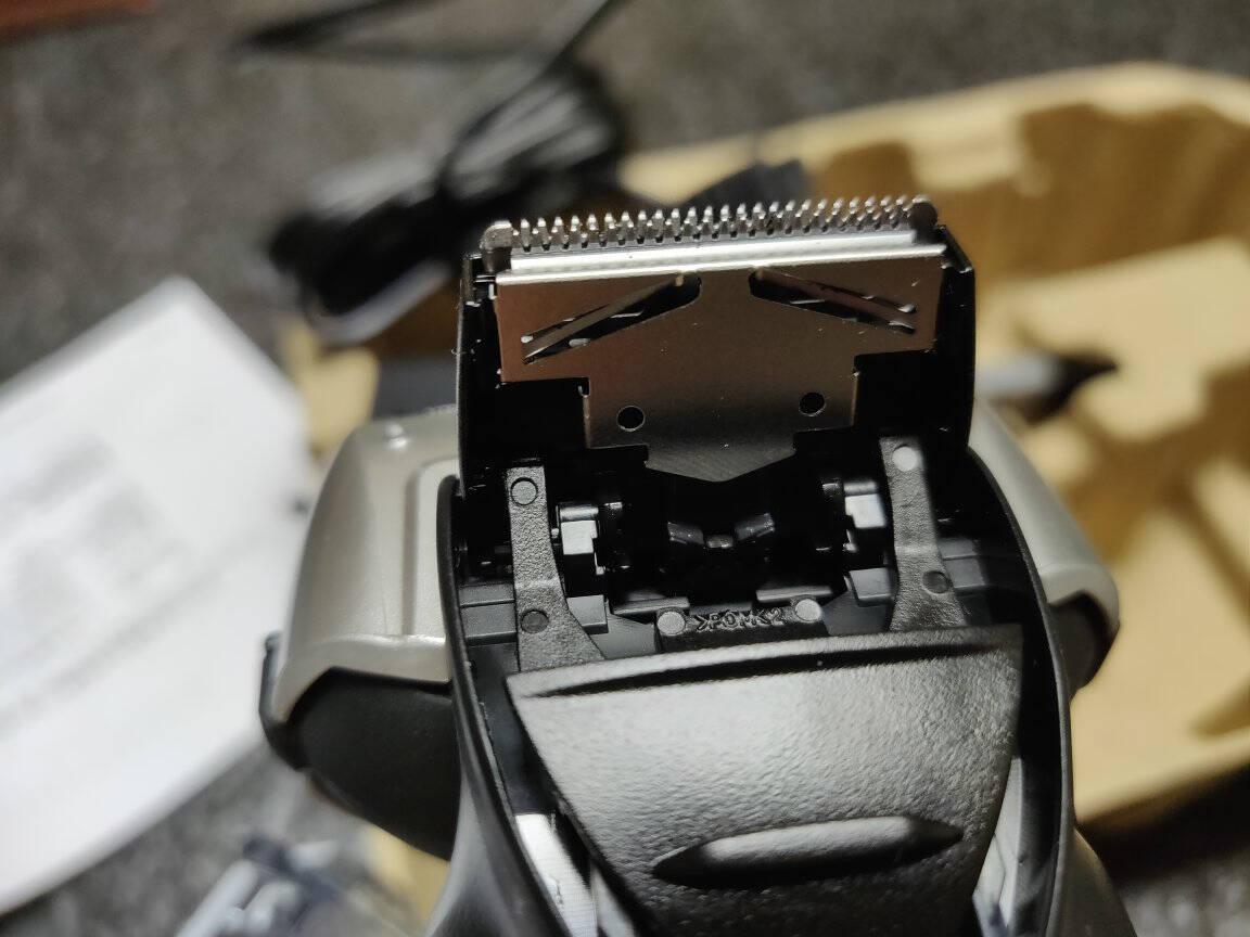 松下(Panasonic)电动剃须刀刮胡刀快速充电ES-WSL7D