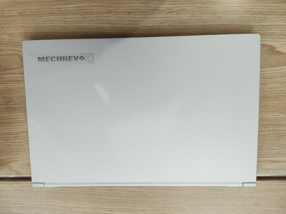 机械革命设计师款游戏本,大屏幕高色域设计用