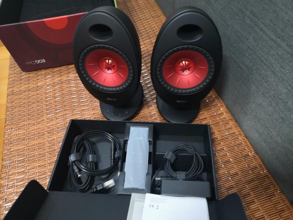 KEF EGG Duo时尚有源音箱,送朋友高颜值声音礼物