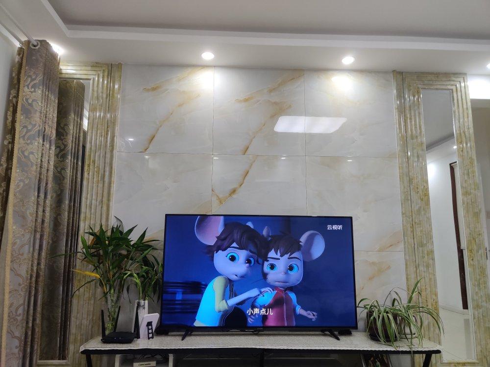 TCL雷鸟智能电视,4K智能局域控光