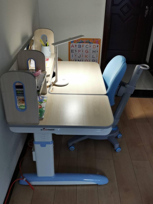 七色花进口实木儿童学习桌椅香杉木学习桌可升降写字桌学生书桌可升降C200B210香杉木桌面+5脚双背椅带扶手王子蓝