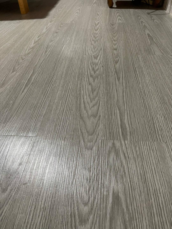 保拉PaolaPVC地板贴10平方加厚地板革自粘地板胶加厚防水耐磨塑胶地板贴卧室家用墙面装饰贴家居新自然原木纹(10平方)0169