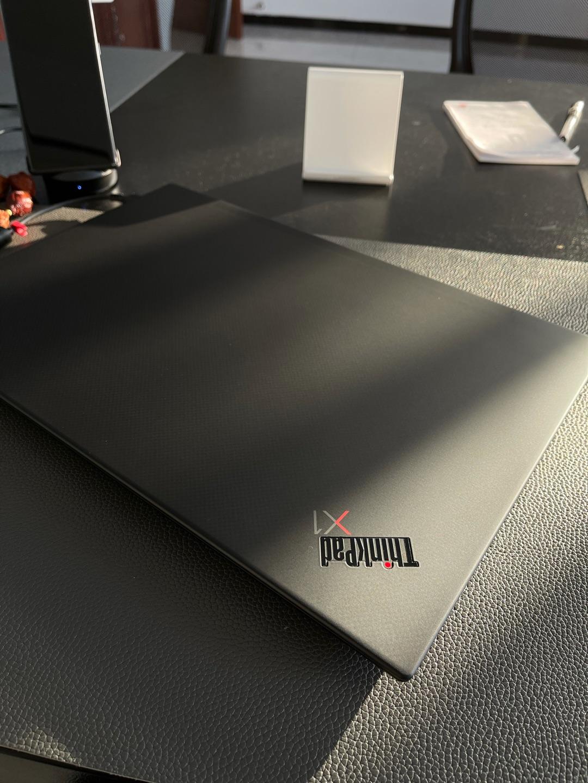 联想ThinkPad X1隐士商务本,15.6英寸大屏幕高配置