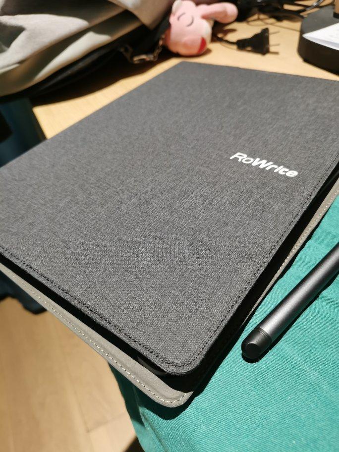 柔宇科技智能手写本,传统笔记和电子文档整理结合