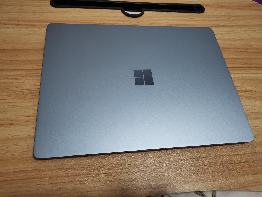 微软Surface Laptop Go,外出办公毫无压力