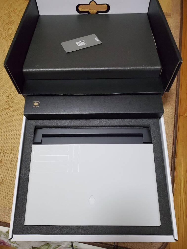 外星人ALIENWARE2021款全新m15R415.6英寸高端电竞游戏本英特尔8核i716G512GSSDRTX3060独显6735黑色