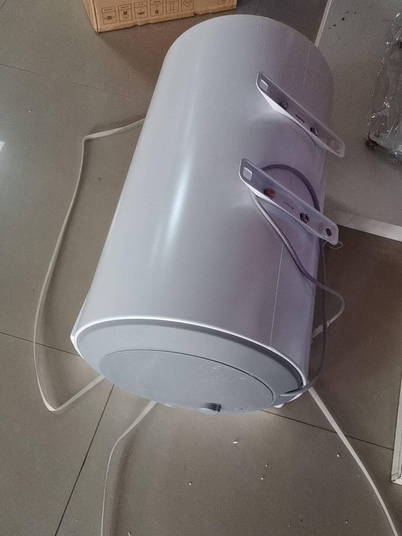 海尔(Haier)50升电热水器2200W大功率专利防电墙金刚三层胆钼金加热管EC5001-B1