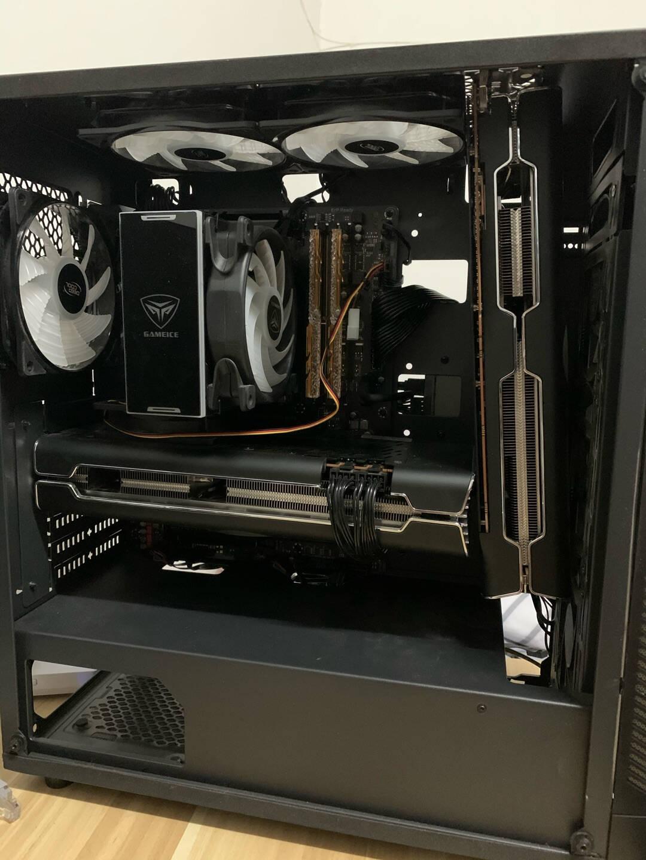 讯景(XFX)RX5700XT8GB海外三风扇游戏独立显卡电源套装RX5700XT海外三风扇