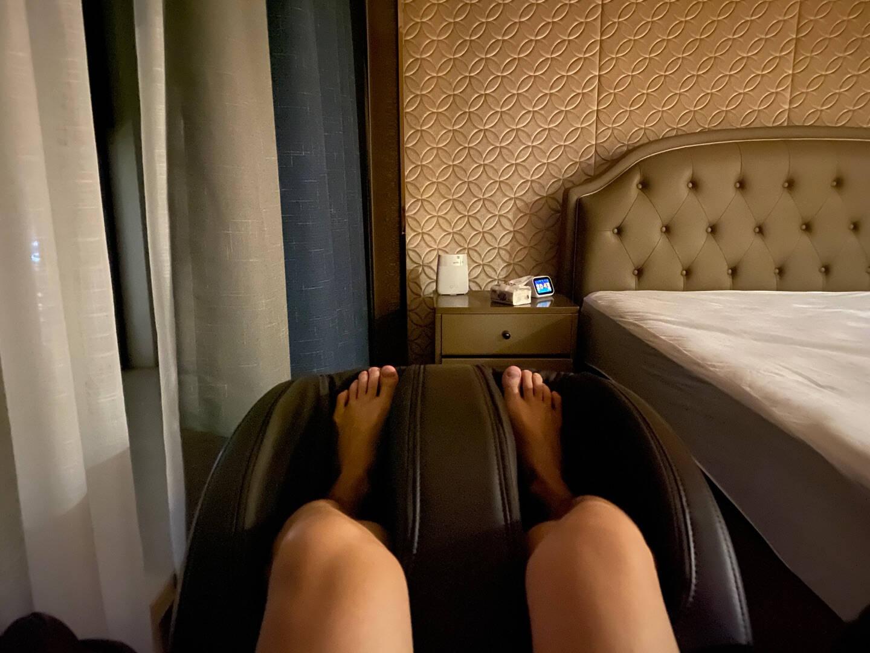 荣泰按摩椅家用全身电动按摩沙发SL导轨全自动多功能3D智能太空舱RT6880咖啡色