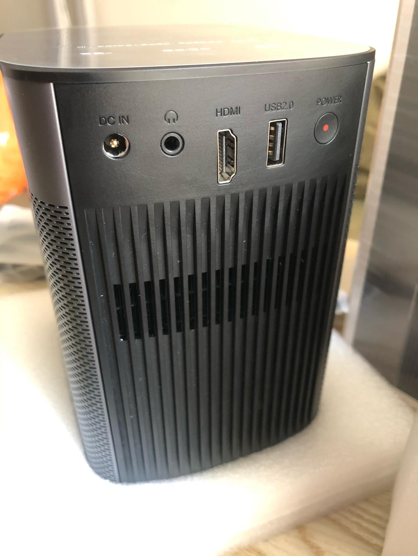 极米1080P高清便携投影仪,哈曼卡顿音响900流明