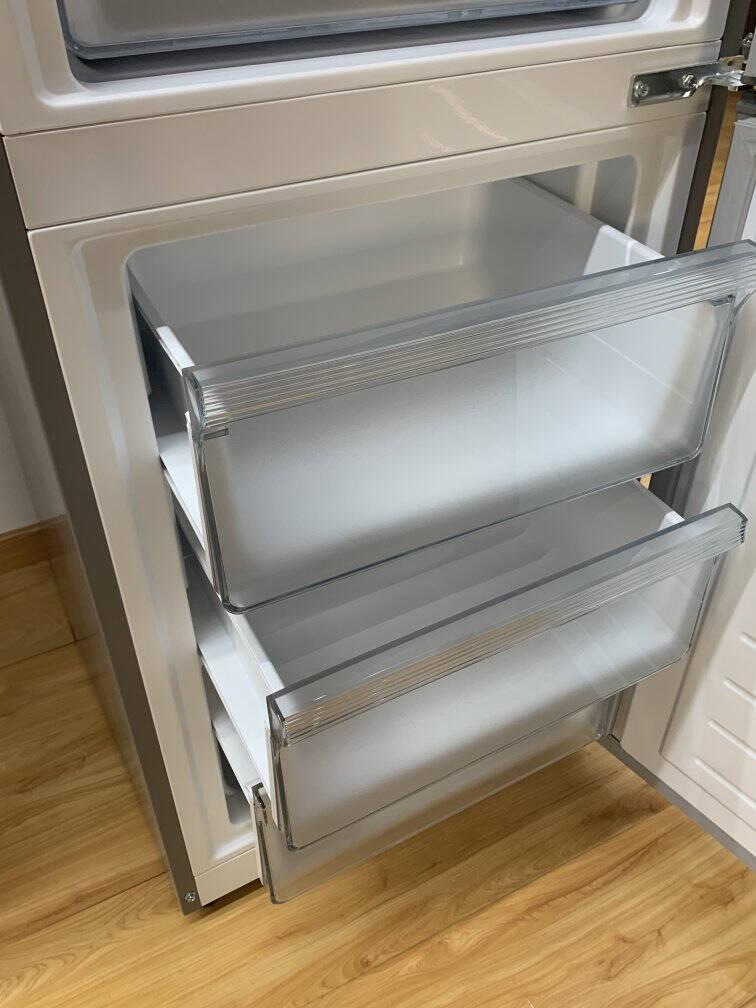 美的(Midea)247升家用电冰箱三门多门风冷无霜节能小冰箱三温三控中门宽幅变温BCD-247WTM(E)