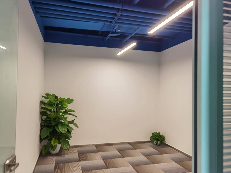 慧卓LED长条灯办公室吊灯超亮创意造型工作室超市店铺商场拼接照明铝方通条形灯具黑色60*7*4.5cm-10W