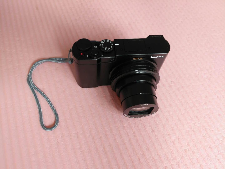 松下1英寸大底数码相机,小巧10倍光学变焦轻松拍vlog