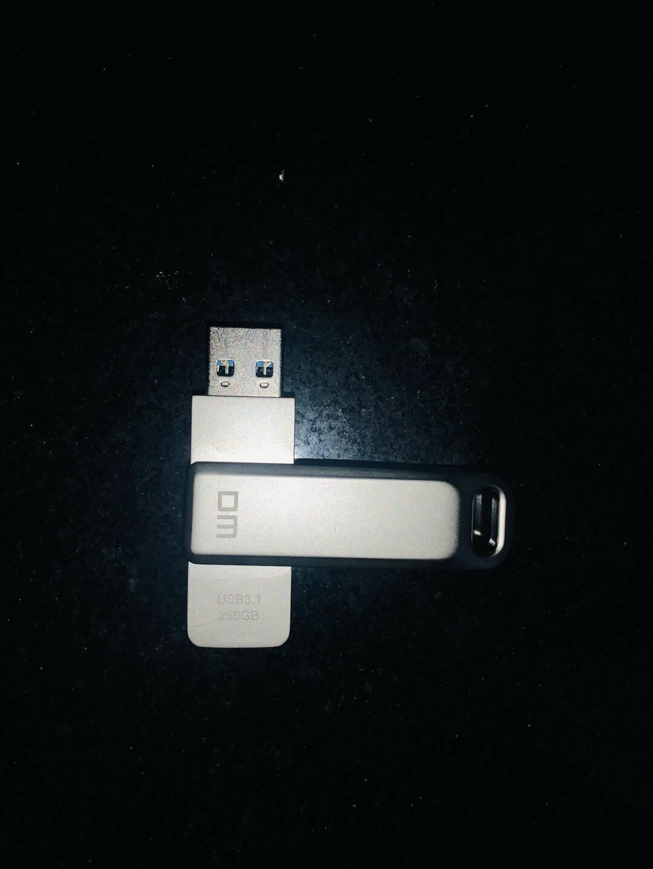 大迈(DM)64GBLightningUSB2.0type-c苹果U盘三合一经典版APD005黑色兼容苹果安卓手机电脑