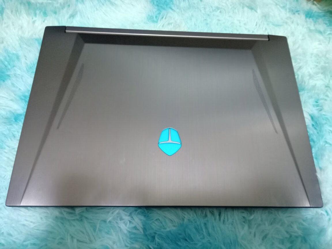雷神黑武士15.6英寸游戏本,2060显卡高性能电脑