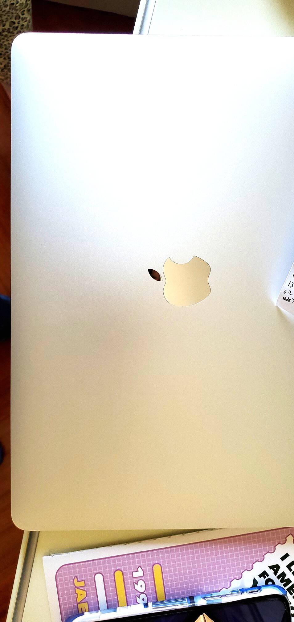 苹果(Apple)MacBookAir13.3英寸笔记本电脑【2020款香槟金】八核M18G256G官方标配19点前付款当天发货