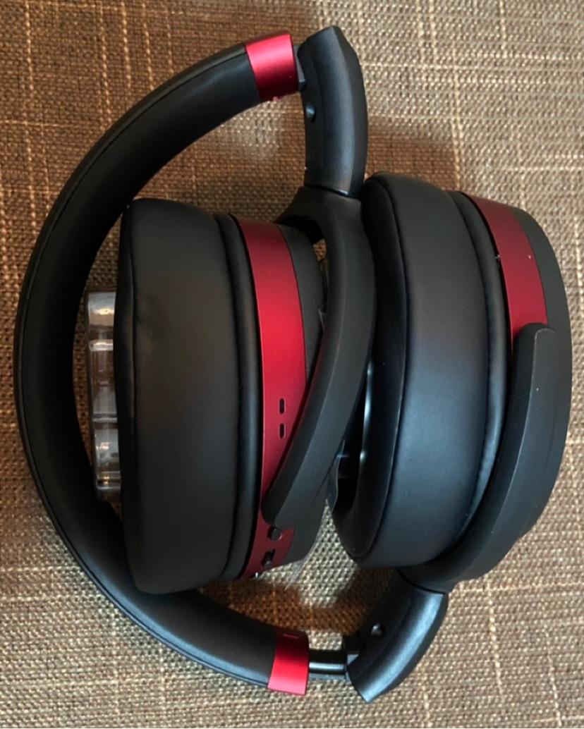 森海塞尔HD458BT蓝牙降噪耳机,送男朋友1000元左右礼物