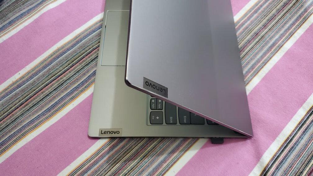 联想长续航轻薄笔记本电脑,2.5K高色域还方便携带