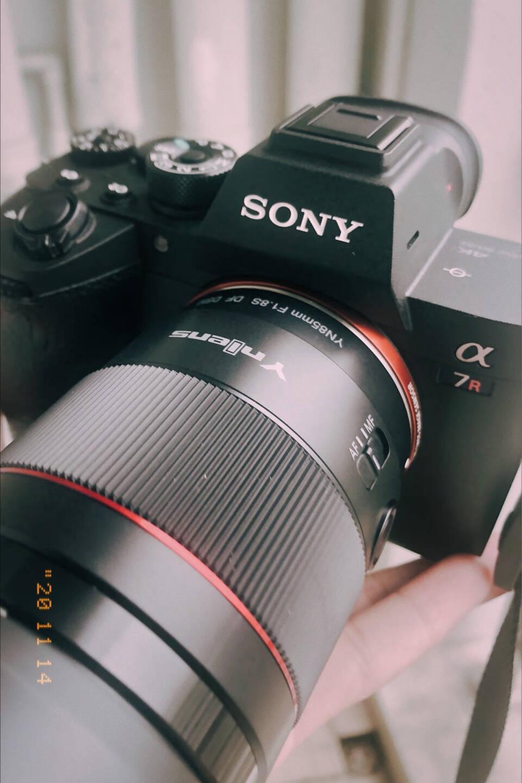 永诺YN50mmF1.8S索尼口自动标准定焦大光圈人像镜头