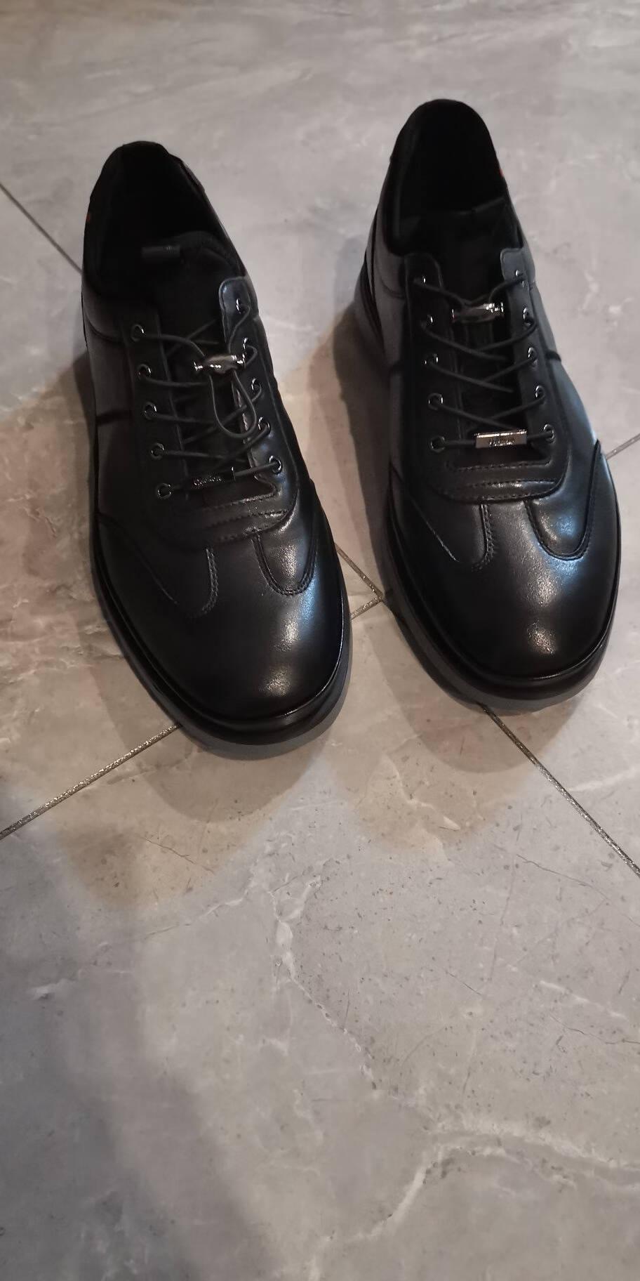 Goldlion金利来皮鞋休闲鞋百搭男鞋柔软舒适板鞋日常运动鞋男跑步鞋黑色(四季款-偏大一码)41