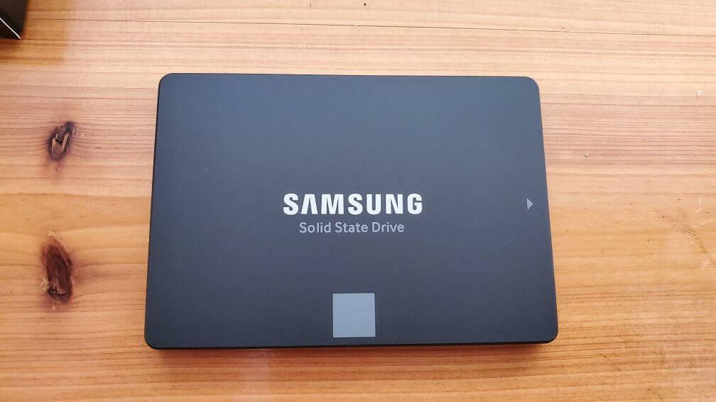三星(SAMSUNG)1TBSSD固态硬盘SATA3.0接口870EVO(MZ-77E1T0B)
