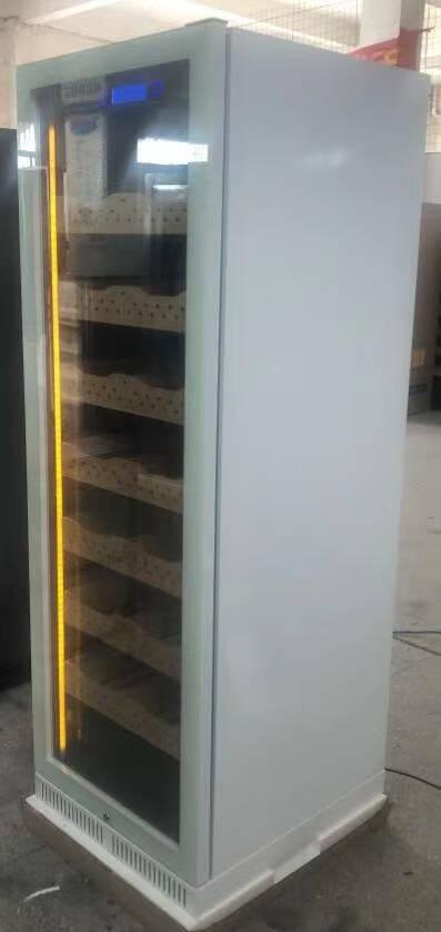 帕特加斯(Partagas)雪茄柜保湿柜压缩机雪茄保湿冷藏柜恒温恒湿精准温湿调控雪松木层架1630MM高棕木纹