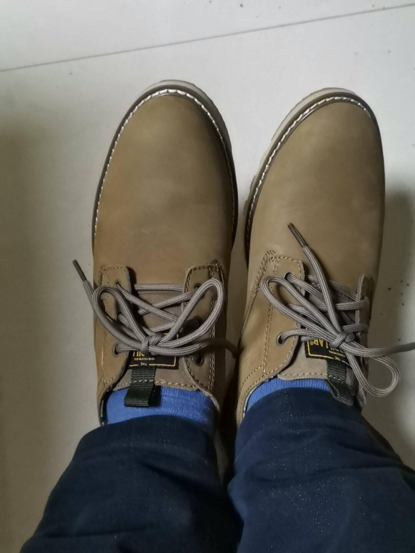 CAT卡特舒适出行商务休闲鞋男鞋低帮透气牛皮耐磨户外休闲皮鞋鞋子男P720849J1EMC18浅棕40
