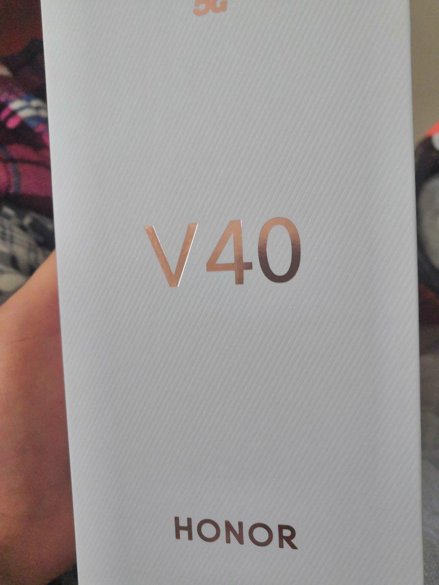 荣耀V40超级快充智能手机,旗舰级配置非常优秀