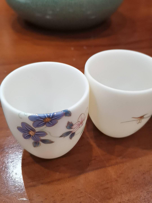 容山堂瓷林德化白瓷茶杯陶瓷珐琅彩玉瓷单杯品茗杯主人杯功夫茶具白瓷金线纳福杯-夏荷禅语