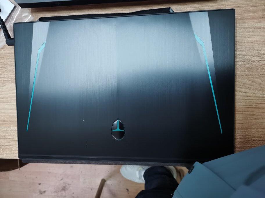 雷神16.6英寸游戏笔记本电脑,更大屏幕游戏体验更好