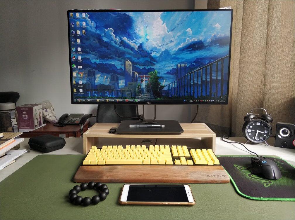AOC反向供电27英寸显示器,2K设计师标准苹果色