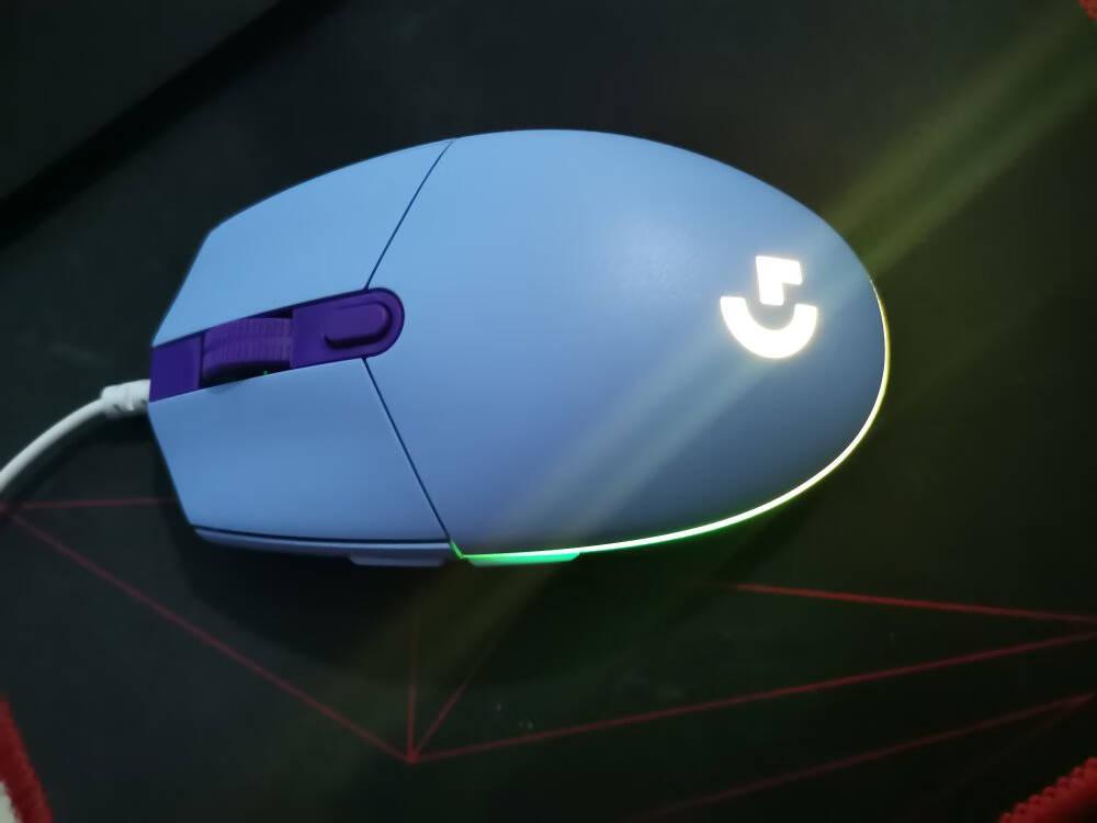 罗技(G)G102LIGHTSYNC游戏鼠标淡紫色RGB鼠标轻量化设计吃鸡鼠标赛博朋克200-8000DPI