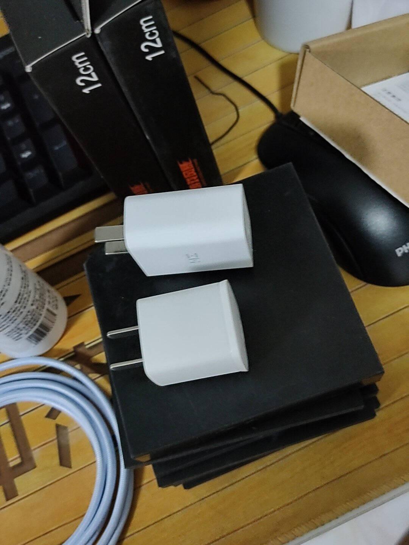 REMAX睿量苹果快充PD20W充电器18W苹果通用iPhone12/11/SE2/XRPD20W充电器白色(不含线)