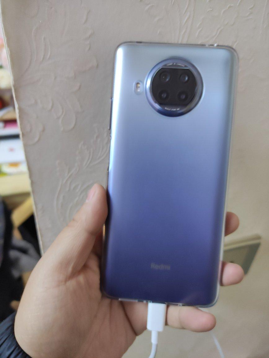 红米Note 9 Pro手机,120Hz刷新轻松玩游戏