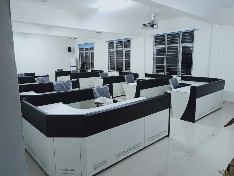 神盾卫士(SDWS)多媒体监控制机房操作台指挥调度台工控台中心视频控制监控桌播音桌讲台非标定制
