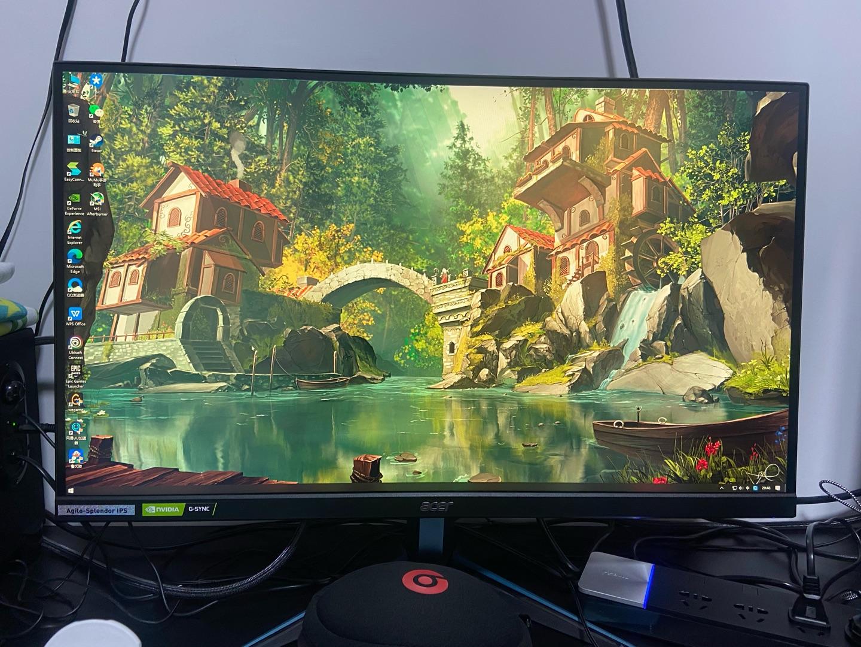 宏碁暗影骑士27英寸电竞显示器,日常游戏用体验非常棒