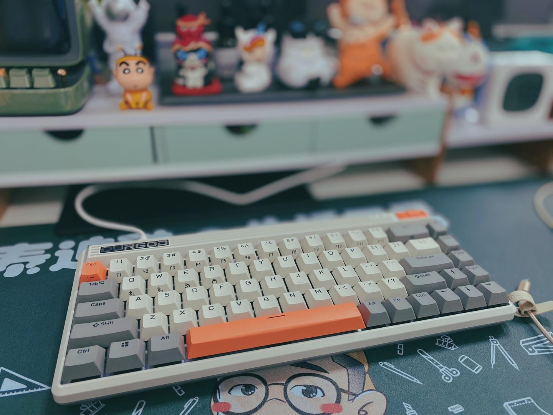 杜伽FUSION无线蓝牙复古键盘,送喜欢码字的女朋友礼物